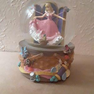 Disney Cinderella Snowglobe